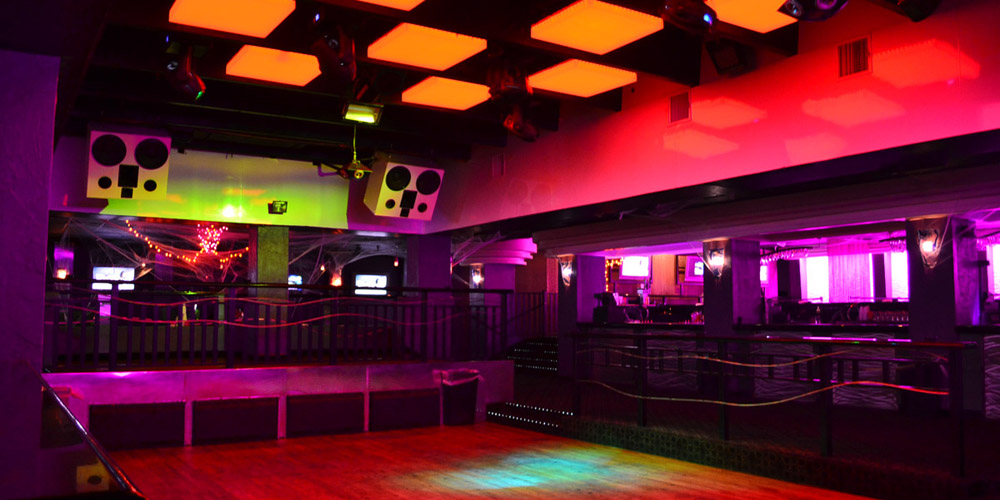 Razzle S Nightclub Has Been Electrifying Daytona Beach Legendary Nightlife For Over Two Decades Located In The Heart Of Beachside Party